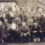 Soldiers outside Sovereign Inn, c 1940s